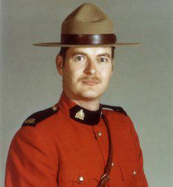 Caporal Ole Roust Larsen – © Sa Majesté la Reine du chef du Canada représentée par la Gendarmerie royale du Canada