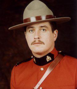 Gendarme Joseph Perry Brophy – © Sa Majesté la Reine du chef du Canada représentée par la Gendarmerie royale du Canada