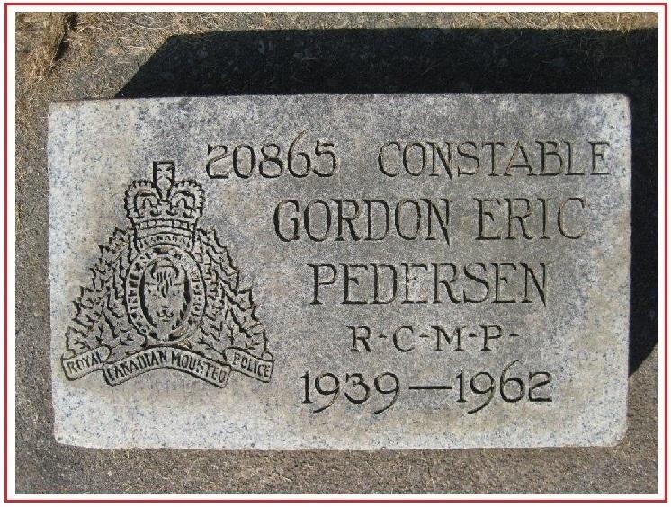 Inscription sur la stèle funéraire