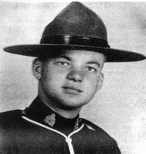 Gendarme Gordon Eric Pedersen – © Sa Majesté la Reine du chef du Canada représentée par la Gendarmerie royale du Canada