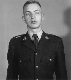 Gendarme Ronald Arthur Ekstrom – © Sa Majesté la Reine du chef du Canada représentée par la Gendarmerie royale du Canada