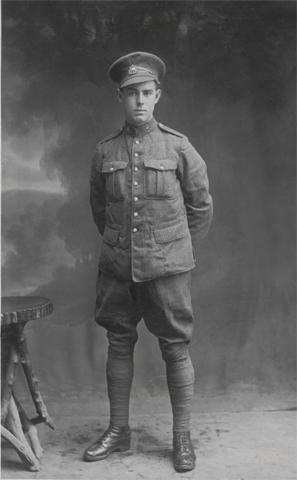 Photo of Oswald Alexander