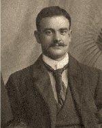 Photo de William Wood – Cinquième enfant et troisième fils d'Eliza Jane Wood d'Ottawa. Né le dimanche 28 septembre 1879 à Édimbourg, en Écosse. A laissé dans le deuil une femme appelée Jessie et deux filles : Jasmina et Nancy.