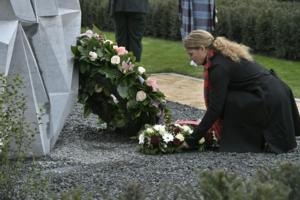 Wreath Laying ceremony– The Governor General along with other dignitaries, attended the inauguration of a monument in honour of Private Price. The monument is located in Ville-sur-Haine, in the Municipality of Le Roeulx, where he fell on November 11, 1918, about two minutes before the signing of the Armistice. In the name of all Canadians, the Governor General lay a wreath on the monument on November 10, 2018.