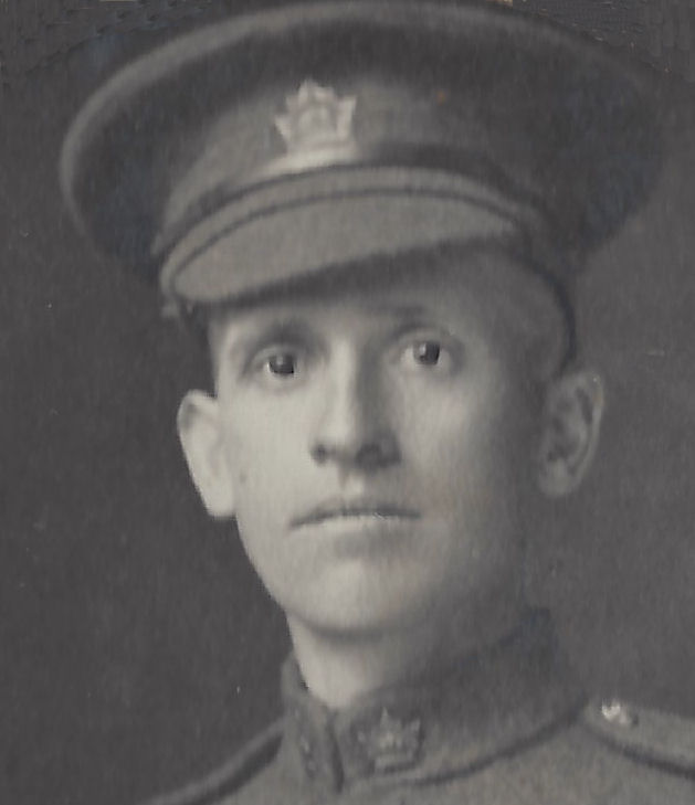 Photo of Robert McKenzie Cook– Private Robert McKenzie Cook, Born Largs, Ayrshire Scotland, 14 May 1881.  Emigrated to Canada 7 April 1907.  Died June 18, 1916.