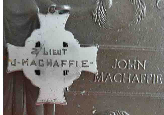 Medals– Memorial Cross and Memorial Plaque