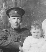 Family photo– Albert Wellington Tamblin with son John Henry, Daughters Purdence Elizabeth and Ina Jane on his knee (who was not included in obituary for some reason)
